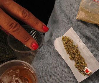 hay-causas-por-las-cuales-los-jvenes-consumen-drogas