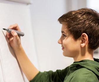 Como-es-que-funcionan-las-escuelas-para-menores-con-dificultades-aprendizaje